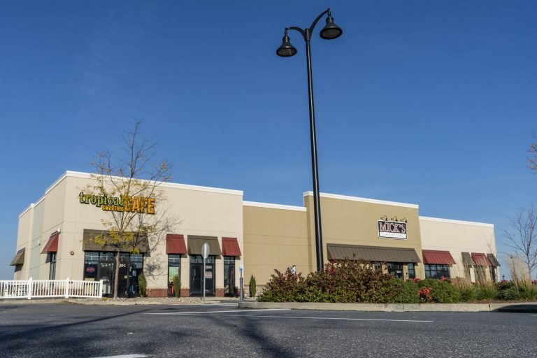 Donegal Square - Retail Property